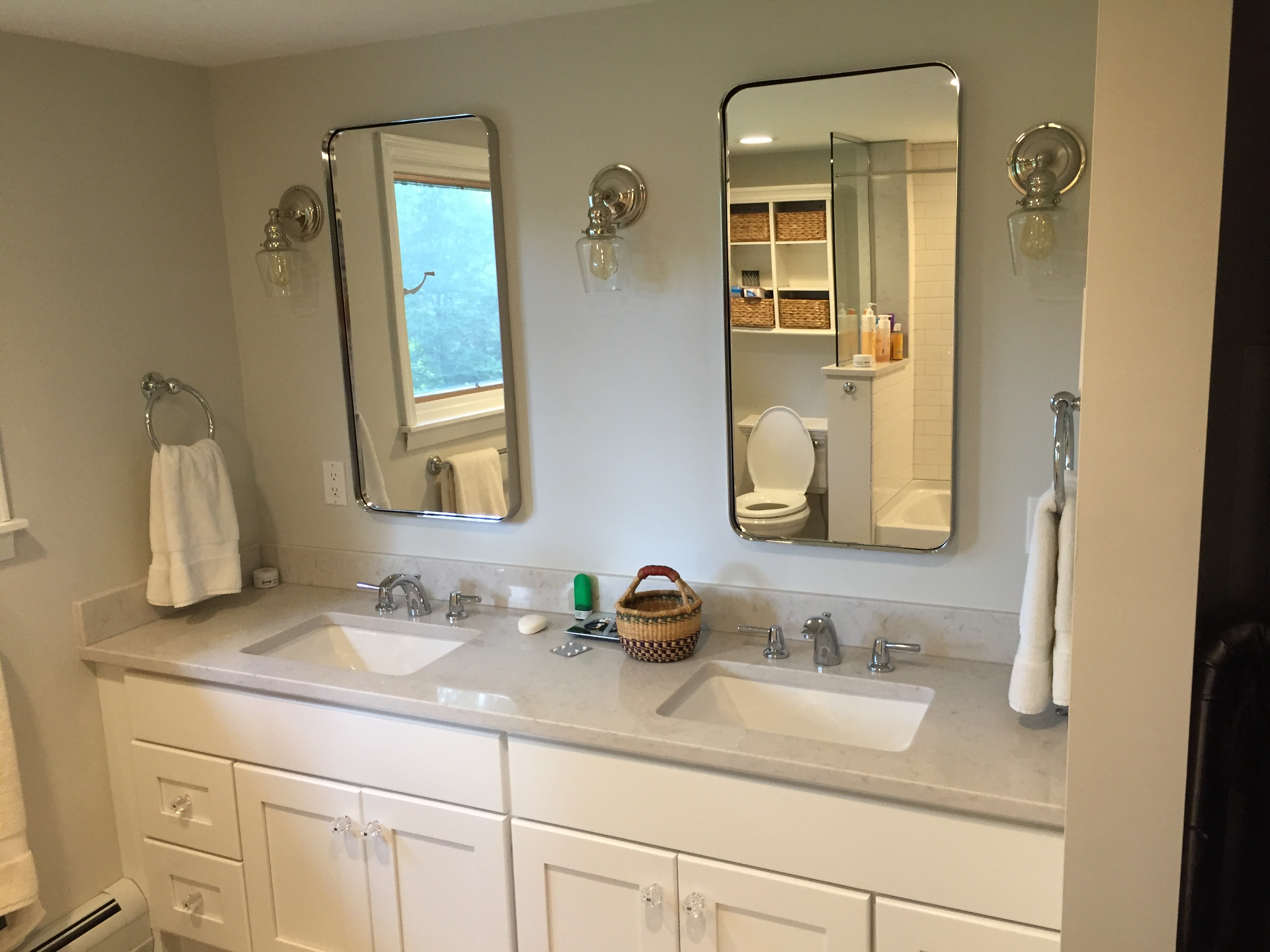 completed bathroom remodeling project in central vermont by allied contractors